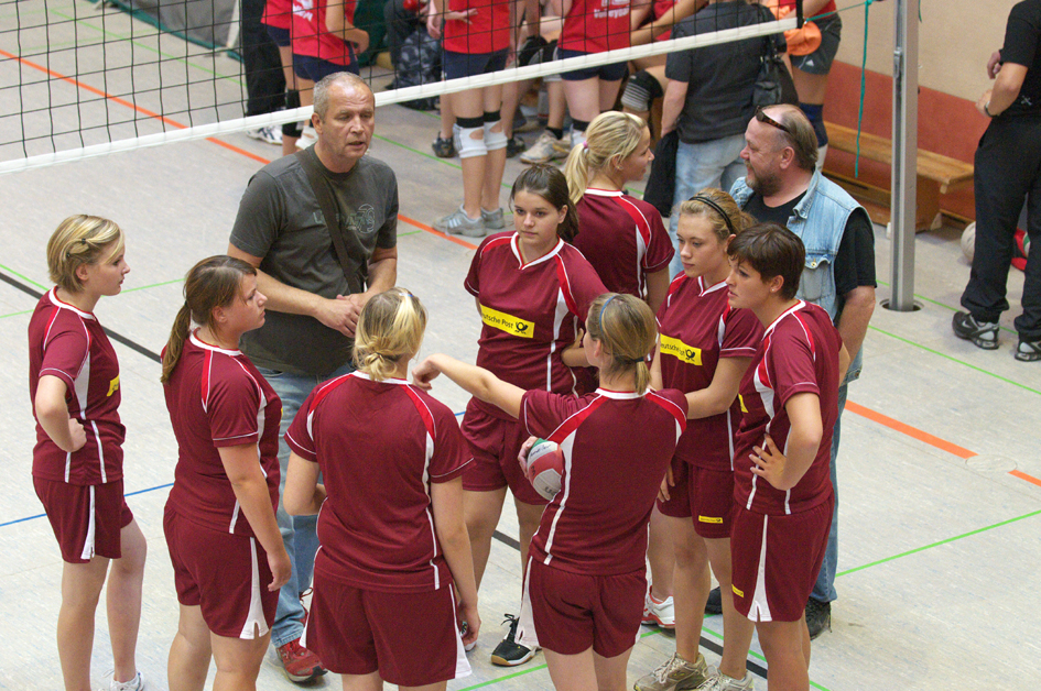 2009_Damen_Volleyballturnier_in_Annweiler_2.jpg